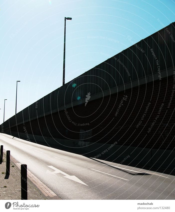 MADO-LENS schön Straße Architektur Brücke Sauberkeit Grafik u. Illustration Pfeil Laterne Richtung Dynamik Navigation Flucht schick graphisch Management