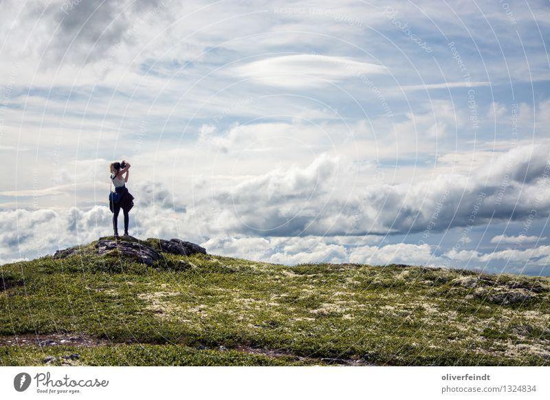 Norwegen XVIII - Rondane Mensch Himmel Natur Ferien & Urlaub & Reisen Jugendliche schön Junge Frau Landschaft Wolken Ferne 18-30 Jahre Berge u. Gebirge