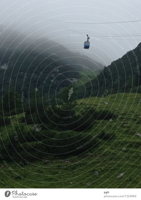 . . . wo geht es hin? Ferien & Urlaub & Reisen Tourismus Ausflug Sommerurlaub Berge u. Gebirge wandern Klettern Bergsteigen Umwelt Natur Landschaft Nebel Felsen