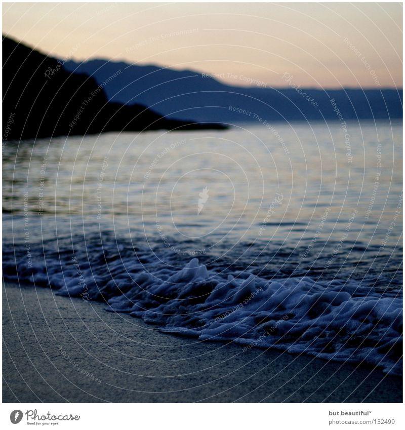 peace° Meer Wellen Schaum Küste Strand Sommer Ferien & Urlaub & Reisen Spanien Sehnsucht ruhig Einsamkeit Morgen Costa da morta Jakobsweg