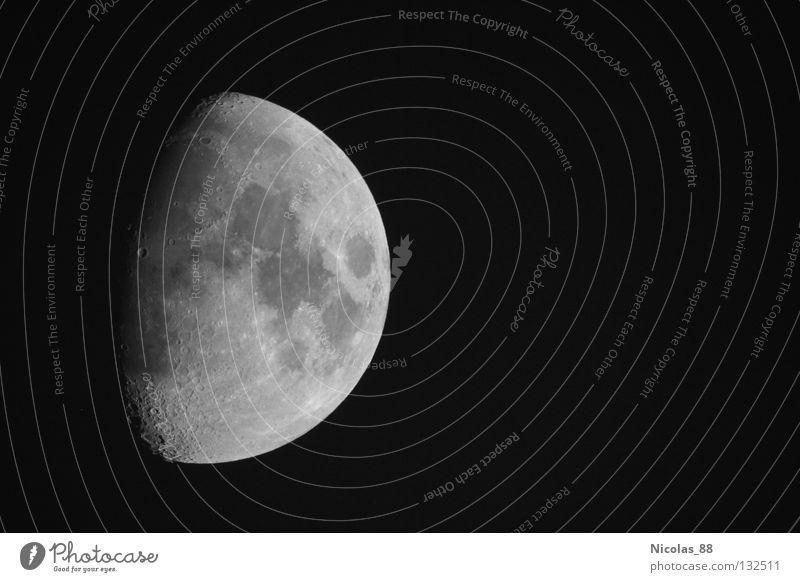 Der Erdmond - der einzige natürliche Satellit der Erde Weltall Mond himmlisch Teleskop faszinierend Himmelskörper & Weltall Berge u. Gebirge Vulkan Astronomie Mondschein Vulkankrater Halbmond Mondlandschaft