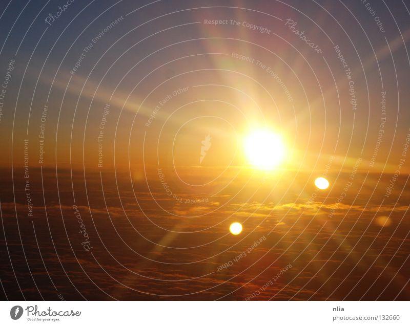Sonnenuntergang Sonnenaufgang Wolken Flugzeug Sonnenstrahlen Sommer Außenaufnahme Luft Himmelskörper & Weltall Air Sun Clouds