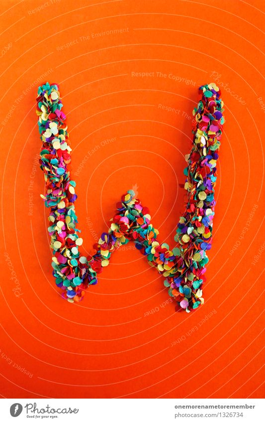 W Kunst Kunstwerk ästhetisch Buchstaben Typographie Konfetti viele Punkt Idee Kreativität Design mehrfarbig Griechisches Alphabet Farbfoto Innenaufnahme