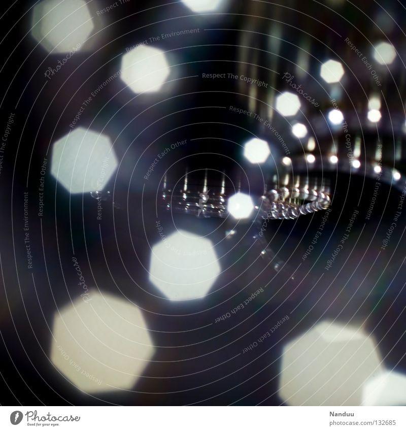 Pünktchen dunkel Tunnel Licht Lichtpunkt Spirale Lichtschlauch Schlauch Lampe Dekoration & Verzierung Unschärfe Tiefenschärfe Unendlichkeit Symbole & Metaphern