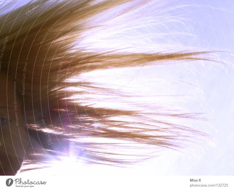 die Frisur hält immer noch Haare & Frisuren blond Sonnenstrahlen Beleuchtung Sommer Kopf Gesicht Himmel blau frei
