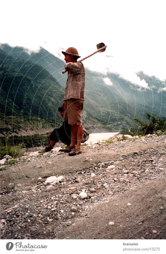 Der Spatenmann Ferien & Urlaub & Reisen China Arbeiter Chinese Los Angeles Berge u. Gebirge
