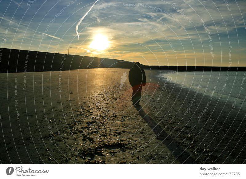 Zwischen zwei Welten Mensch Natur Wasser Himmel Sonne Meer Strand Wolken Sand Wellen Küste wandern Insel Spaziergang Spuren Amerika