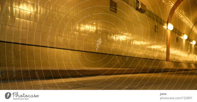 elbuntergründig Sankt Pauli-Elbtunnel Fahrbahn Untergrund Tunnel Bordsteinkante Architektur Hamburg Licht Fliesen u. Kacheln Kantstein