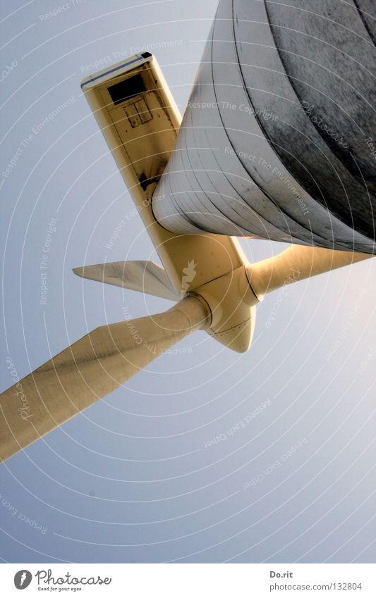 schwindelfrei? Himmel blau Luft Kraft Feld dreckig Wind Umwelt Energiewirtschaft Elektrizität Zukunft Technik & Technologie Klima Flügel Wissenschaften