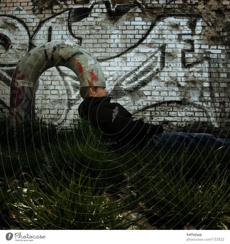 gehirnwäsche Mensch Mann Graffiti Gras Denken lustig Schutz Kreativität Idee Röhren bizarr obskur Gedanke seltsam Witz absurd
