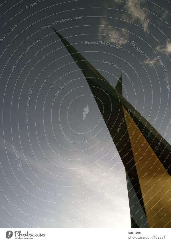 Steiler Zahn oben Kraft Kunst Architektur Erfolg hoch modern Wachstum Denkmal blenden streben aufstrebend Reifezeit