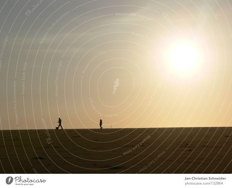 Sunnywalker See Horizont Meer Ferien & Urlaub & Reisen Strand Spaziergang Erholung Abend Mensch Treppe Himmel Sand Sonne Sonnenuntergang