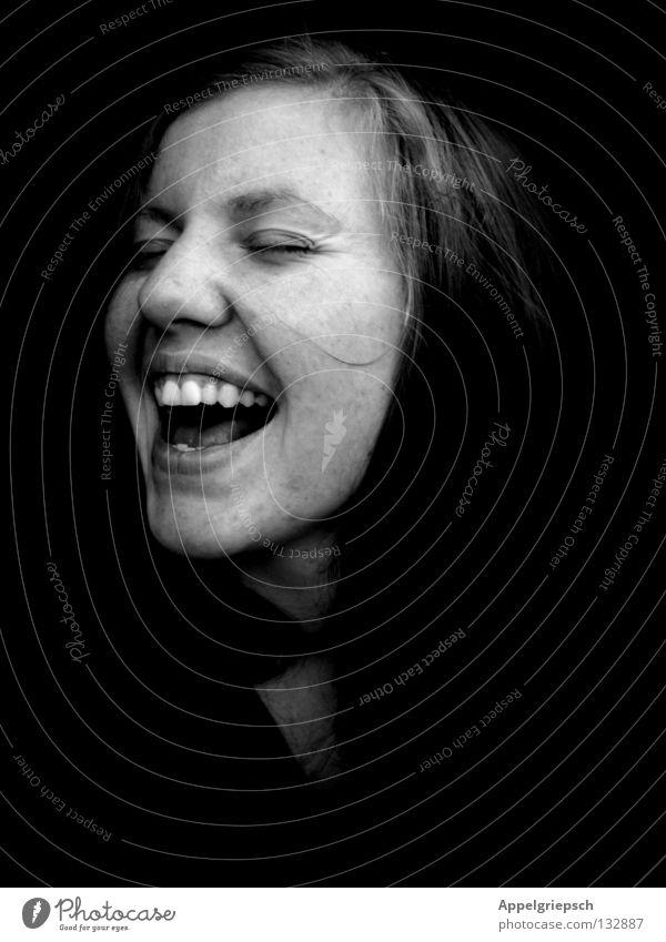 freisingen Frau Jugendliche Mädchen Freude Gesicht Leben sprechen Freiheit Musik Glück Kopf Feste & Feiern Zähne schreien Lust