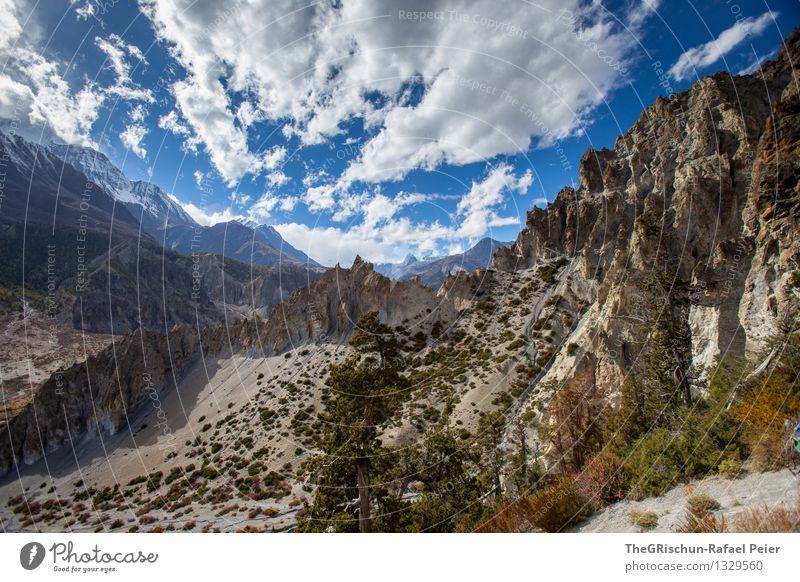 Bergwelt Umwelt Natur Landschaft Urelemente blau braun gelb grau grün schwarz Wolken Himmel Bergen Gipfel Felsen Schnee Nepal wandern entdecken Berge u. Gebirge