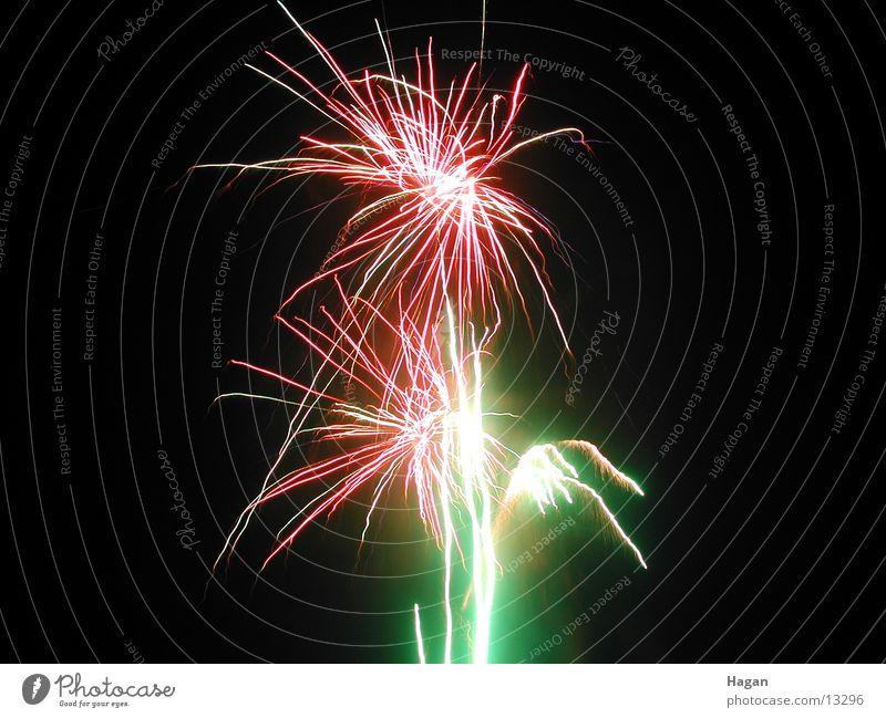 Jahreswechsel Silvester u. Neujahr Nacht Langzeitbelichtung Feuerwerk Feste & Feiern