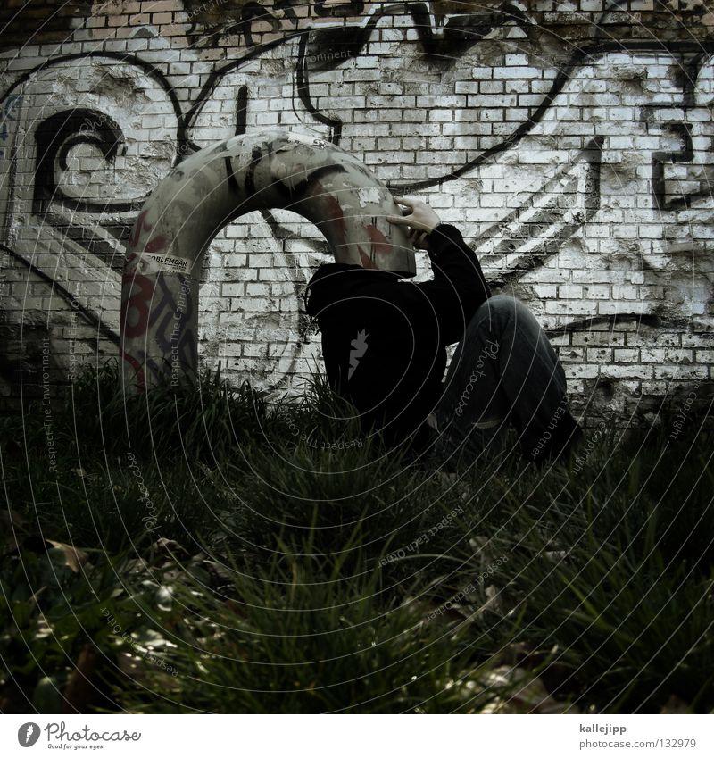 gedankenkontrolle Mensch Mann Graffiti Gras Denken lustig Schutz Kreativität Idee Röhren bizarr obskur Gedanke anonym seltsam Witz