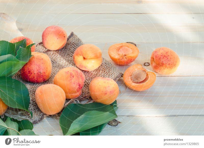Natur grün Sommer Blatt gelb natürlich Lebensmittel orange Frucht frisch Aussicht Tisch Jahreszeiten lecker Bioprodukte roh