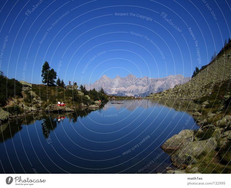 Dachstein im Spiegelsee Dachsteingruppe Ramsau bei Berchtesgaden See Teich hell-blau türkis Farbverlauf Sommer Ramsau am Dachstein Reiteralm Sea Lake Bersee