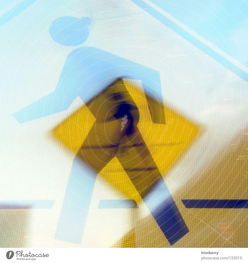 moving signs Mensch PKW gehen Schilder & Markierungen Verkehr gefährlich Schriftzeichen bedrohlich stoppen Stadtleben Verkehrswege Flughafen Warnhinweis