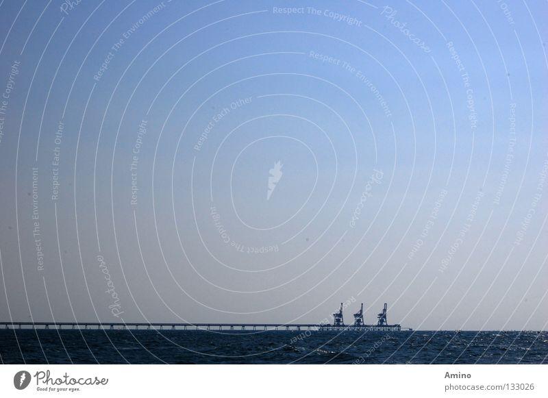 Tiefenruhe Himmel Meer blau ruhig Freiheit hell Architektur Energiewirtschaft Elektrizität Hafen Stromkraftwerke Zärtlichkeiten Israel einheitlich