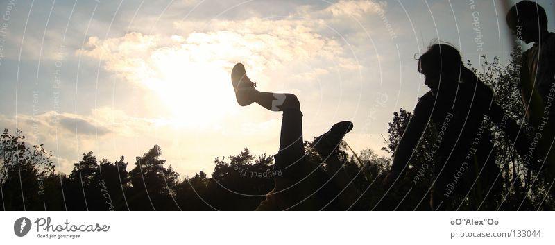 Leben pur Mensch Kind Himmel Freude Spielen Gefühle Gras Freundschaft Perspektive