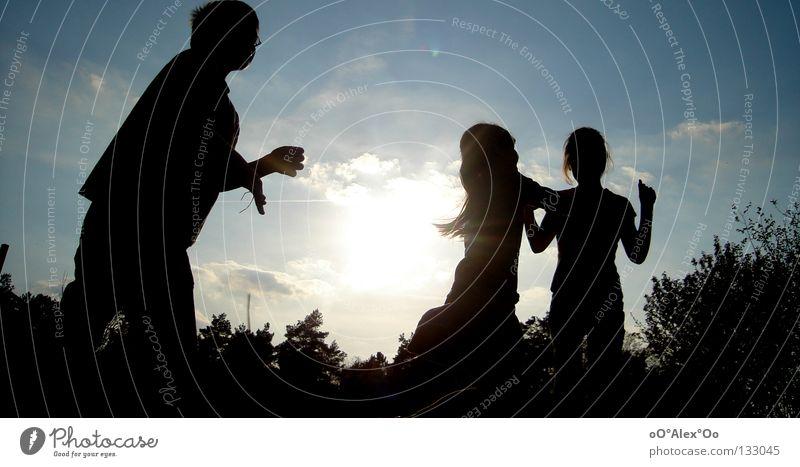 Lichtgestalten Mensch Kind Himmel Freude Spielen Gefühle Gras Freundschaft Perspektive