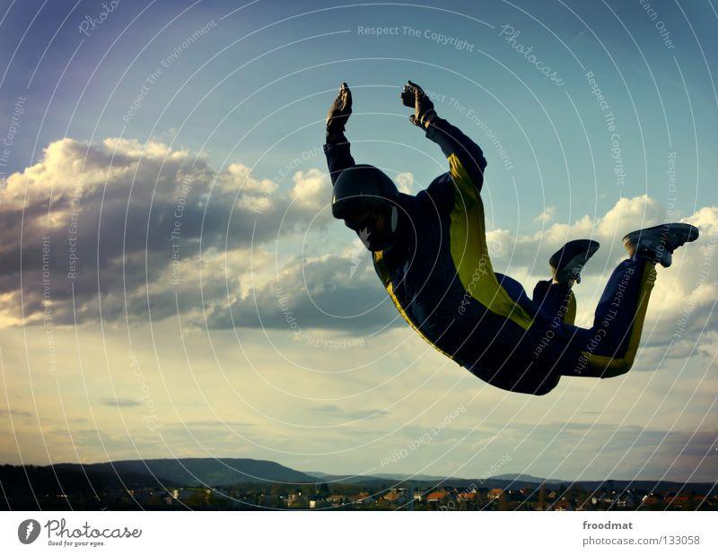 fly like a devil Himmel Freude Wolken Sport Leben springen Freiheit Zufriedenheit Flugzeug fliegen hoch Geschwindigkeit Aktion Elektrizität Luftverkehr Coolness