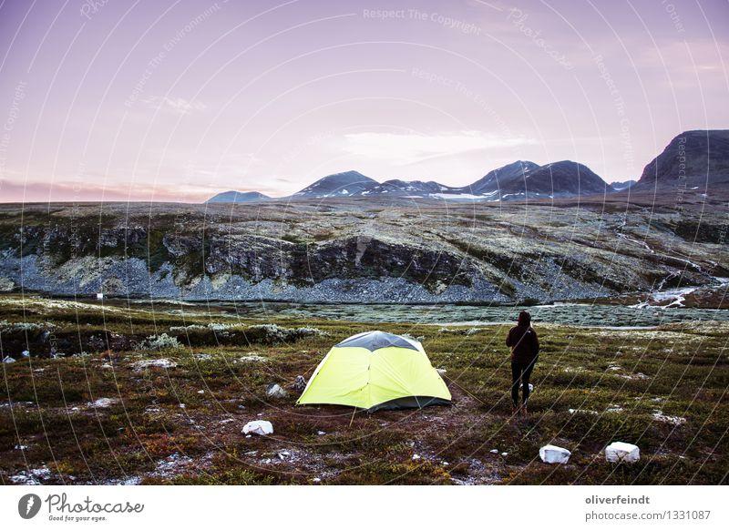 Norwegen VII - Rondane Mensch Himmel Natur Ferien & Urlaub & Reisen Jugendliche schön Landschaft Ferne 18-30 Jahre Berge u. Gebirge Erwachsene Umwelt feminin