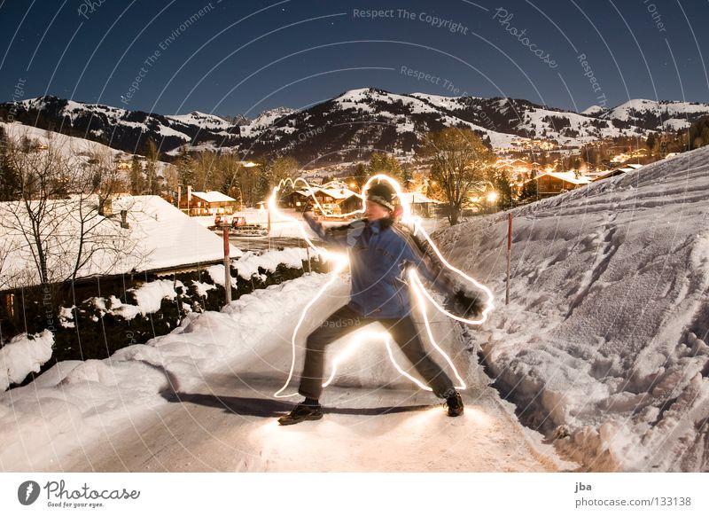 wieder mal... Mann blau Freude Straße Schnee Berge u. Gebirge Lampe stehen Schweiz streichen zeichnen Mensch Berner Oberland Neuschnee Gstaad