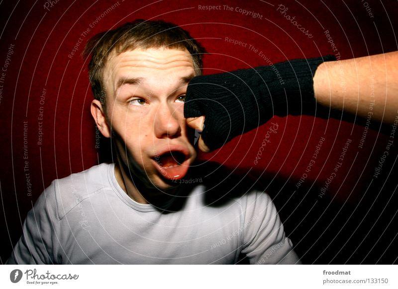 Gewaltig rot Freude Gesicht Sport Wand Spielen Bewegung lustig Nase verrückt Aktion Coolness Wut schreien Schmerz