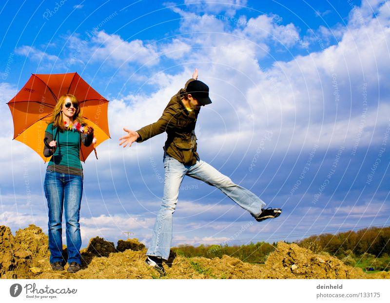 Freiheit II Himmel blau Sommer Freude Farbe Leben Gefühle springen Sonnenschirm Wetterschutz