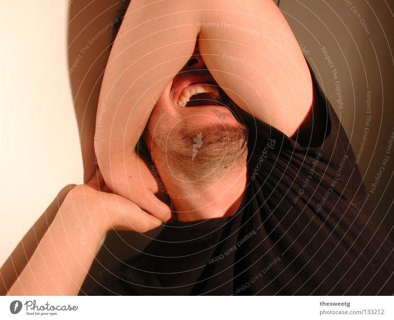 screaming mario Mann schreien Verzweiflung Aufregung Schizophrenie Psychische Störung verrückt dumm besessen Psychiatrie Blick Desaster Fiasko Angst Panik