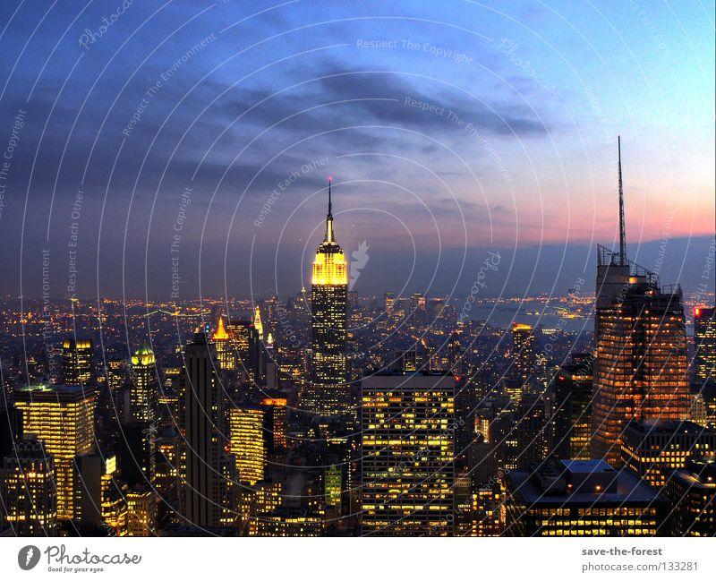 dusk in manhattan Stadt Hochhaus USA Gebäude Amerika Skyline New York City Abenddämmerung Manhattan HDR Empire State Building Rockefeller Center