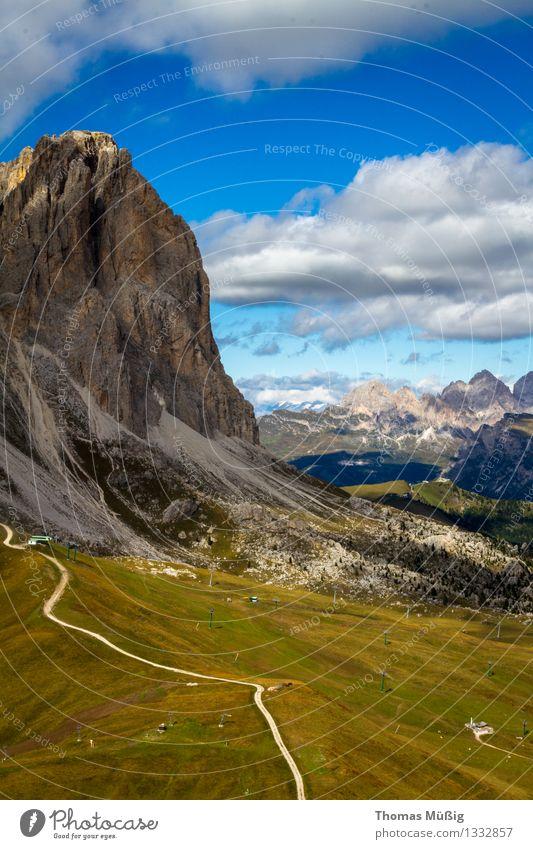 Dolomiten Tourismus Sommer Berge u. Gebirge wandern Wald Alpen Gipfel Reisen Trentino-Alto Adige Bergsteigen Blauer Himmel gröden hiking hohe berge Italien