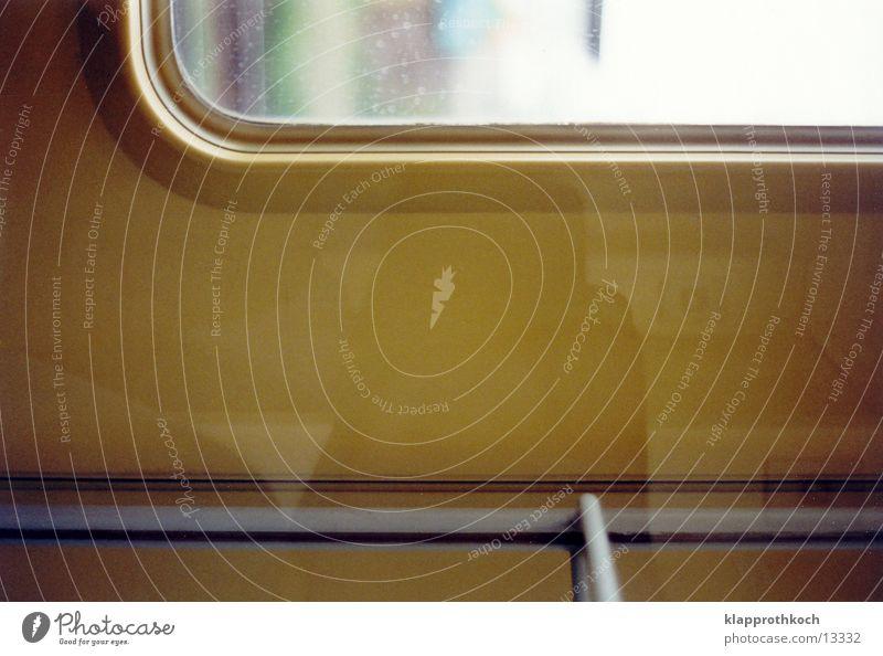 zugfenster Eisenbahn Fenster Reflexion & Spiegelung Verkehr Anschnitt