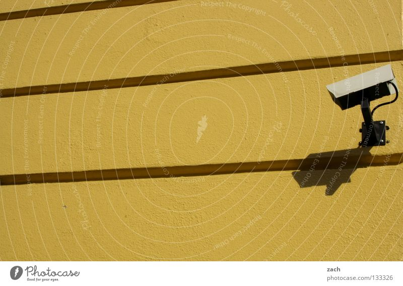 Schäuble 2.0 Einsamkeit leer Macht Fotokamera Vertrauen Gewalt Grenze Verkehrswege Kontrolle Kriminalität Ausgrenzung Überwachung Misstrauen Überwachungsstaat