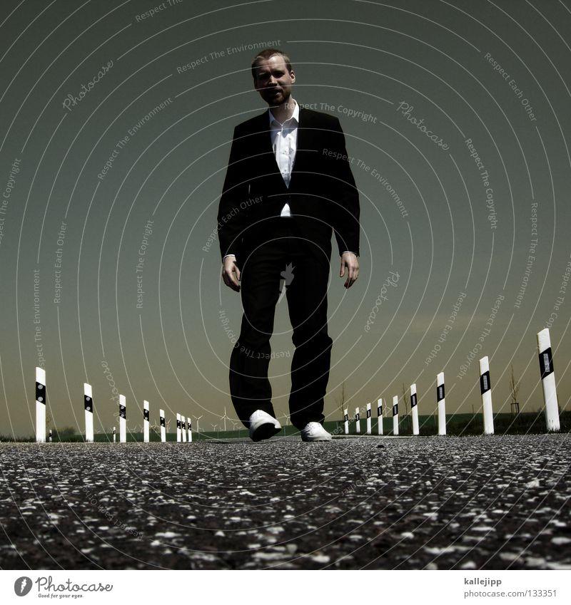 arbeitsweg Mensch Himmel Mann Freude schwarz Leben Gras Glück springen Business Arbeit & Erwerbstätigkeit Kraft Tanzen laufen Energiewirtschaft Verkehr