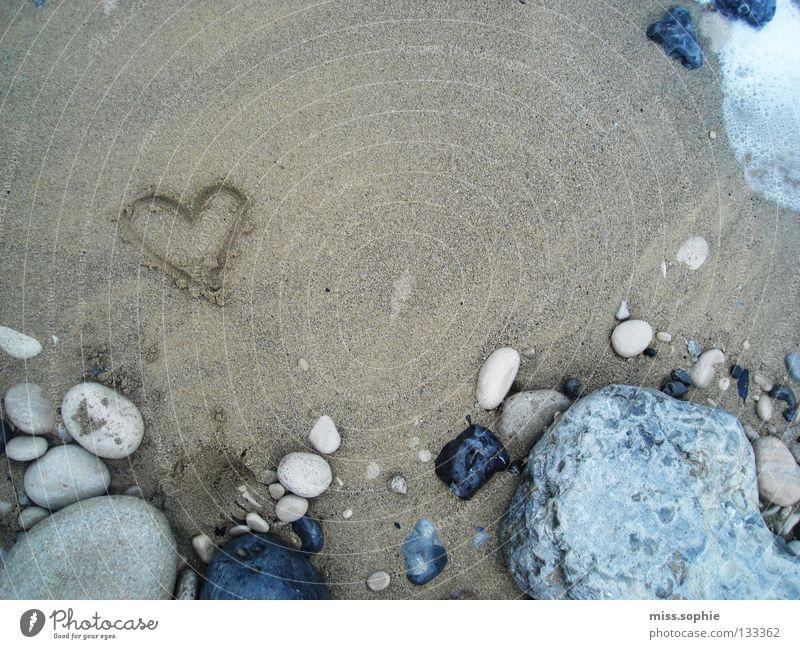 ocean love Natur Wasser Meer Strand Ferien & Urlaub & Reisen Liebe Stein Sand Herz Küste Felsen Erde Geborgenheit