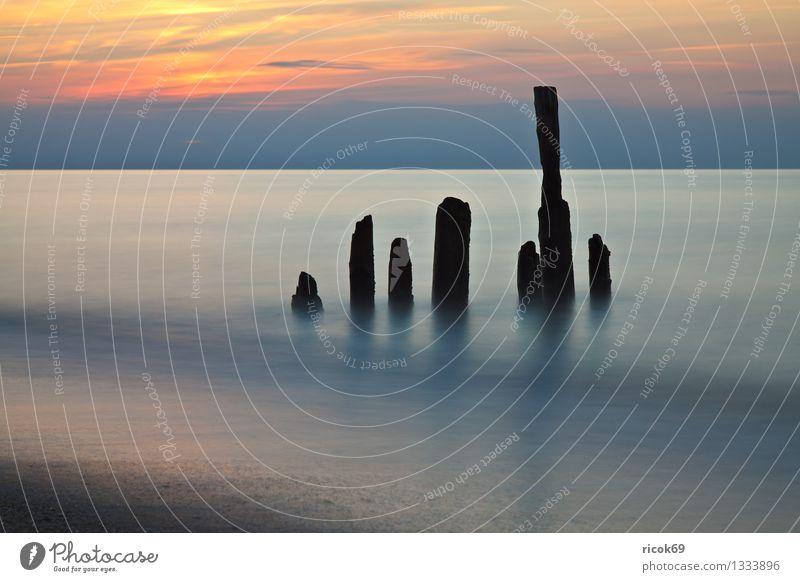 Ostseeküste Natur Ferien & Urlaub & Reisen alt blau Wasser Meer Landschaft Wolken Strand gelb Küste Tourismus Idylle Romantik Abenddämmerung