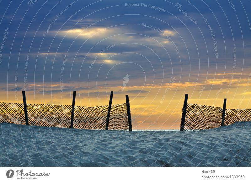 Ostseeküste Ferien & Urlaub & Reisen Sonne Strand Natur Landschaft Sand Wasser Wolken Küste Meer Romantik Idylle ruhig Tourismus Umwelt Sonnenuntergang Himmel