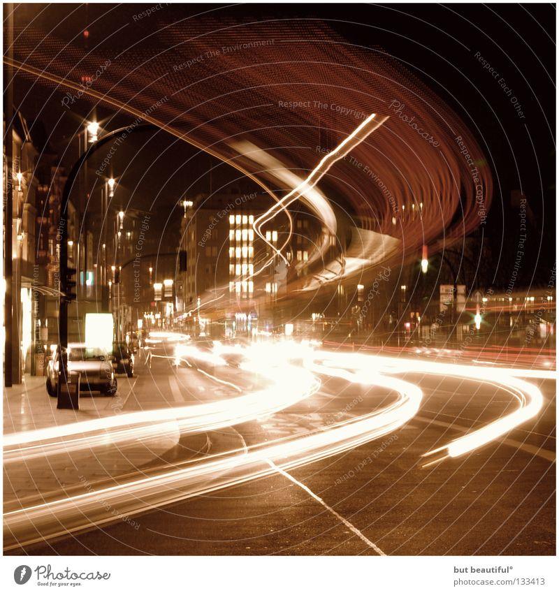 timeless° Zeit Nacht Langzeitbelichtung Alster Licht flüchtig Eindruck Verkehr zeitlos Geschwindigkeit Eile Hamburg Bus