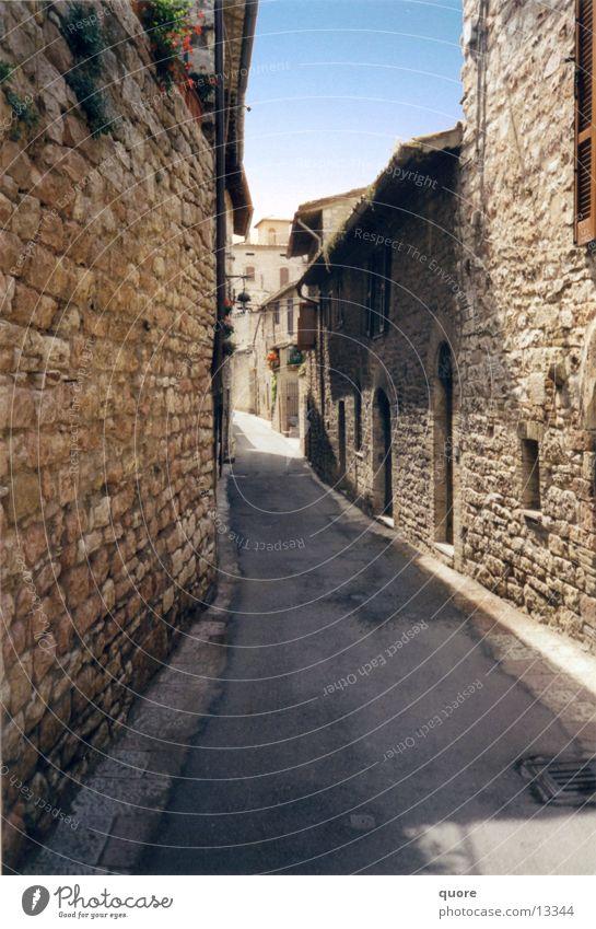 Bella Toskana #1 Italien Assisi Gasse Ferien & Urlaub & Reisen Sommer Sonne Europa Schatten