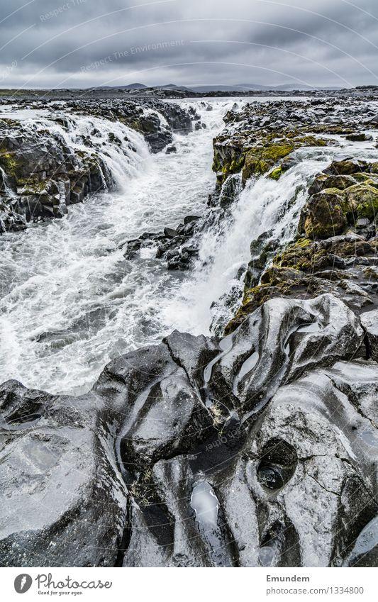 Hochland II Ferien & Urlaub & Reisen Tourismus Ferne Freiheit Expedition Umwelt Natur Urelemente Wasser schlechtes Wetter Fluss Wasserfall Hochebene Island