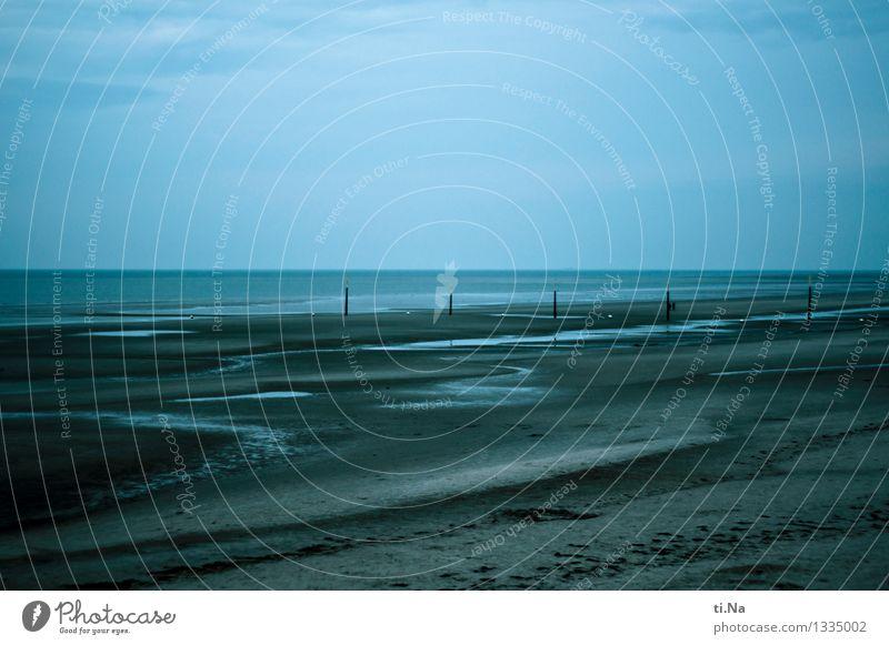 Gezeiten Sand Wasser Sommer Herbst Küste Strand Nordsee authentisch nass natürlich blau braun grau schwarz türkis weiß ruhig Fernweh Einsamkeit nachhaltig Natur