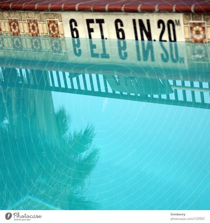 6 feet deep alt blau Ferien & Urlaub & Reisen Spielen Schwimmen & Baden retro Schwimmbad USA Geländer Fliesen u. Kacheln tief türkis Palme Amerika Fuge Florida