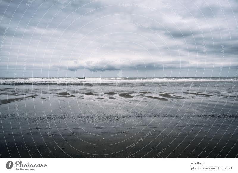 total Ebbe Umwelt Natur Landschaft Sand Wasser Himmel Wolken Horizont Klima Wetter schlechtes Wetter Wellen Küste Strand Meer blau braun grau Ferne Farbfoto