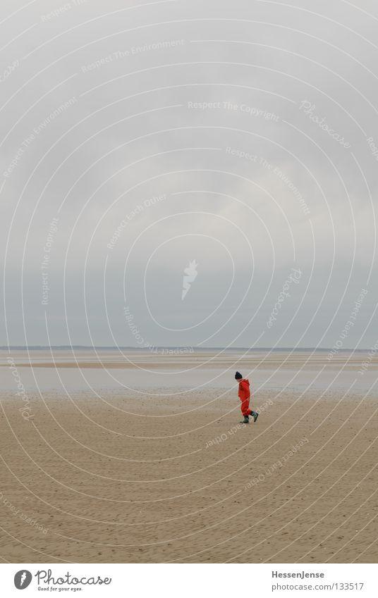 Person 34 Hoffnung Ferien & Urlaub & Reisen Einsamkeit See Meer Suche finden rot Ferne Freude Kind Wattenmeer Nordsee Regen verirrt