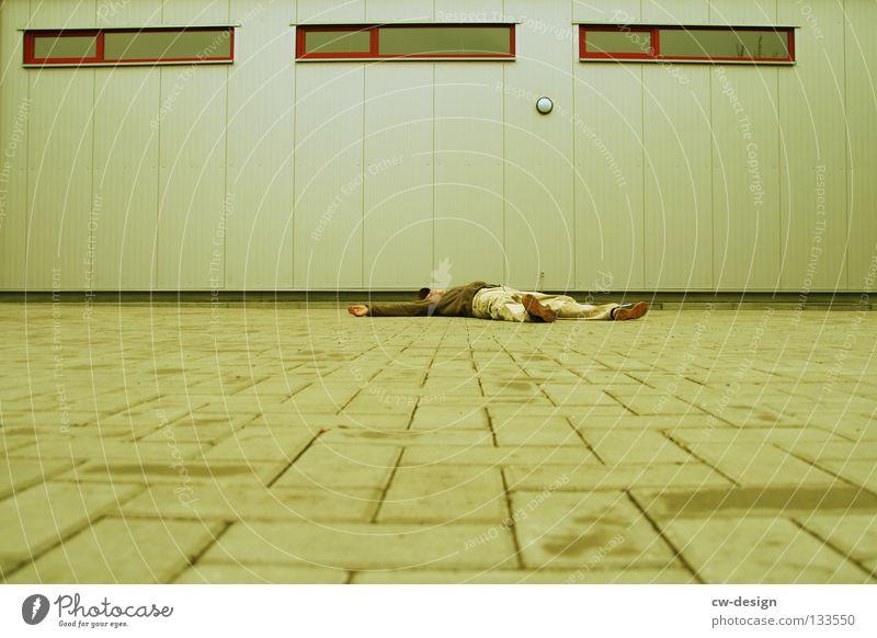 350th - chillen im urbanen raum Mann alt Ferien & Urlaub & Reisen Haus Erholung Tod Leben Fenster Mauer träumen Tür Raum Freizeit & Hobby Wohnung Angst warten