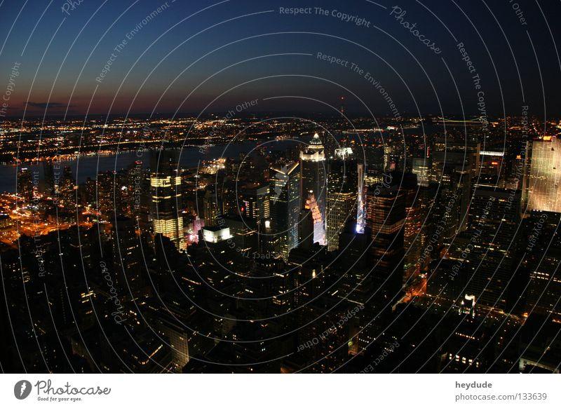 New York City Empire State Building Nacht Stadtzentrum Amerika Abend fantastisch Manhatten Night USA Abenddämmerung Licht