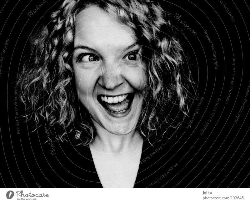 ulknudel. Mensch Frau Gesicht Erwachsene grau Haare & Frisuren blond Mund Locken Gesichtsausdruck Grimasse lockig Schielen